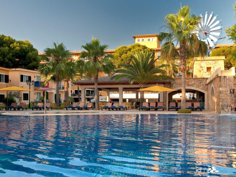 Hotel Barcelo Pueblo Park Mallorca